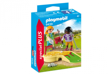 Children Minigolfing (Special Plus)