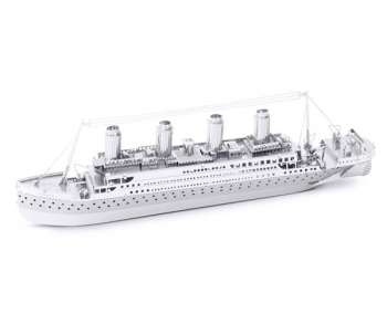 Titanic (Metal Earth 3D Laser Cut Model)
